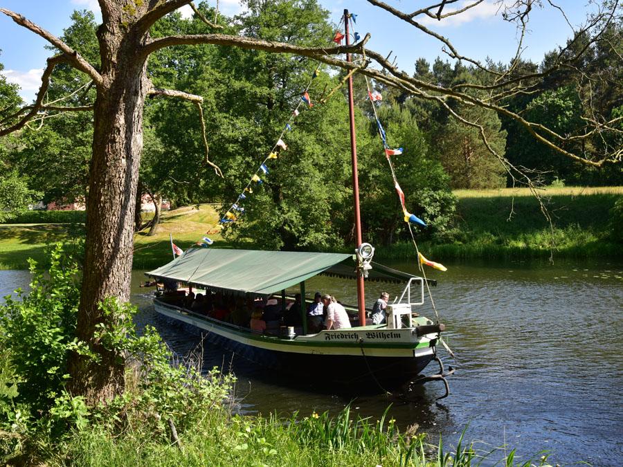 Treidelkahn auf dem Friedrich-Wilhelm-Kanal